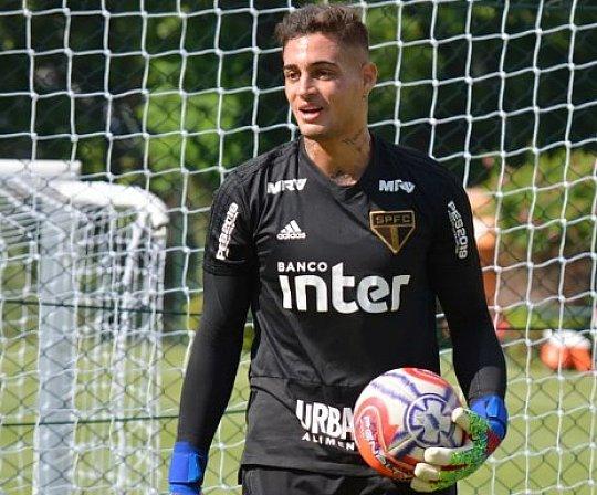 a8119c0bf Jean se incomoda em reunião e não participa de treino no São Paulo